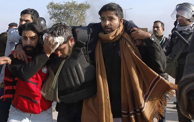 Фото: протесты в Исламабаде (twitter VOANews)
