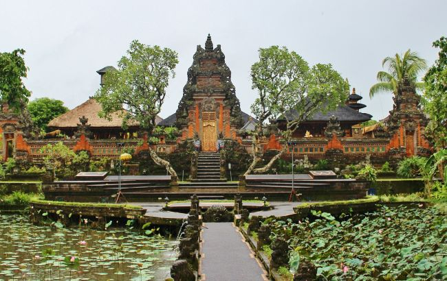 """""""У грудні не відкриється"""": коли дозволять туризм на Балі"""