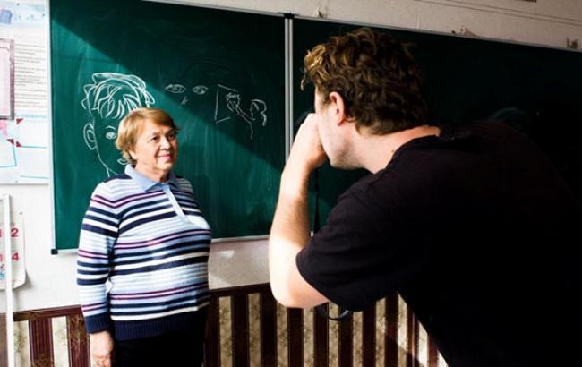Фото: Мария Григорьевна работает в 73 года (kp.ua)