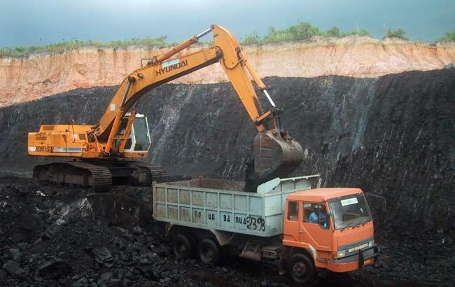 Добыча угля в Украине в феврале сократилась на 24,4%