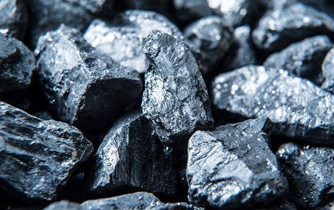 Добыча угля в Украине в октябре упала на 25,9%