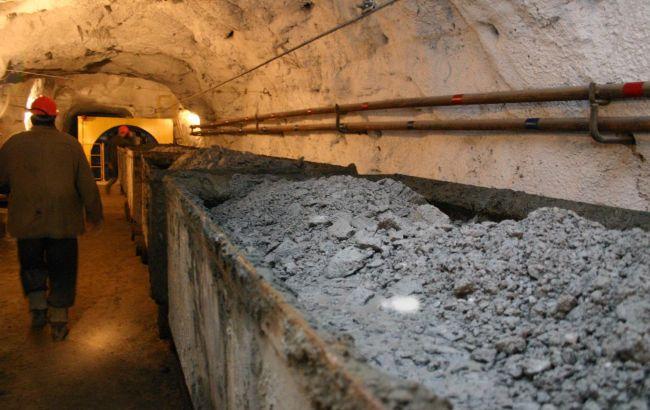 Держшахти накопичили на своїх складах більше 200 тис. тонн вугілля