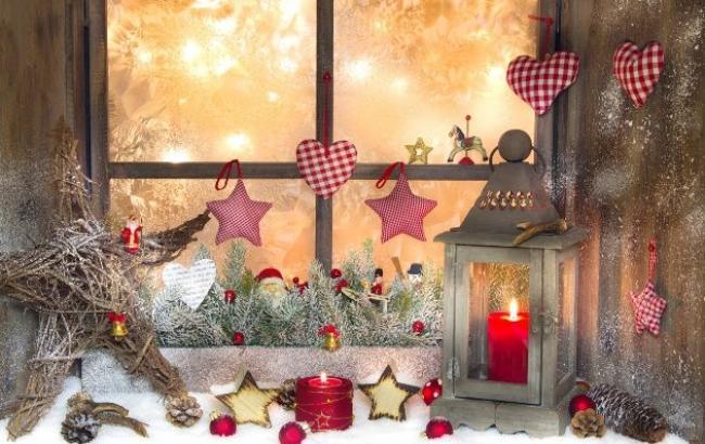 Фото: Прикраса для вікон до Нового року (happymodern.ru)