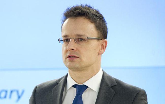 Сийярто: Венгрия продолжит блокировать сближение Украины с НАТО