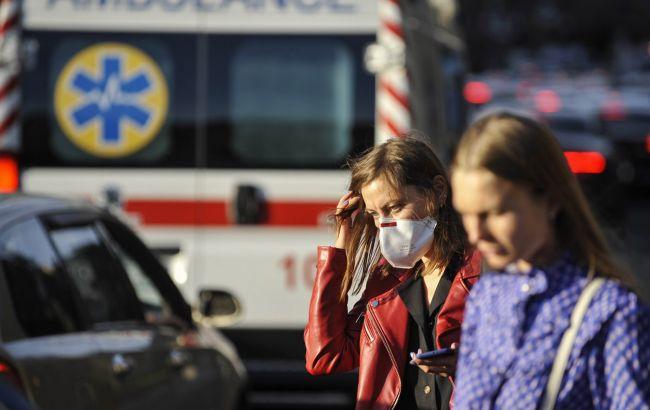 Коронавирус меняет симптомы: украинский врач смутил заявлением
