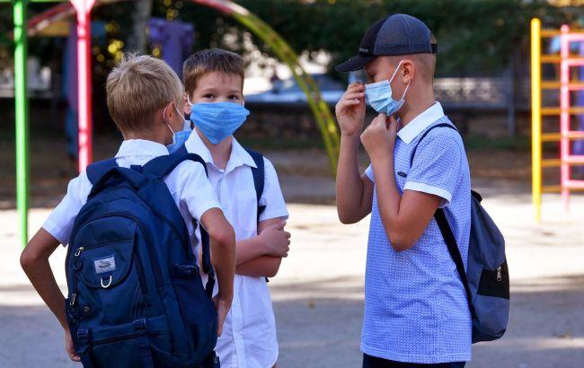 В Ужгороде еще на неделю продлили приостановку обучения в 1-4 классах