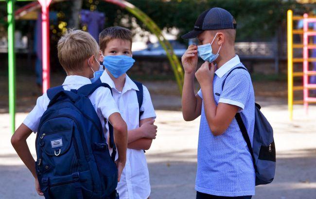 Школы Запорожья уйдут на двухнедельные каникулы с 19 октября