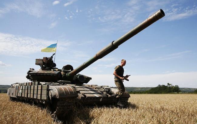 Депутатам предстоит определиться с рамочным законом, в том числе определяющим будущее Вооруженных сил Украины (Фото: УНИАН)