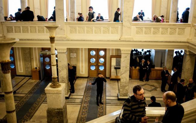 Фото: кулуары парламента (УНИАН)