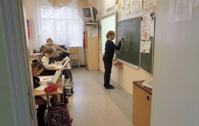 В Украине изменили карантинные требования для обучения в школах