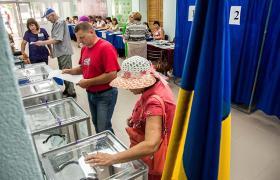 Вновь актуализировался вопрос возврата избирателей оккупированного Донбасса в украинское поле (фото - УНИАН)