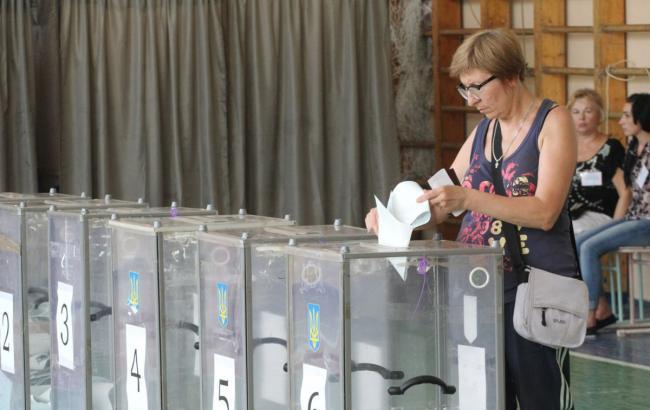 Перейти границу: кому выгодно перекраивание мажоритарных округов перед выборами