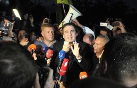 Михайло Саакашвілі в останній момент вирішив проходити кордон на пункті Шегині (фото УНІАН)