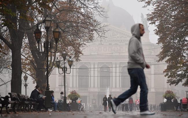 Погода на сегодня: в Украине дожди с мокрым снегом, температура до +9