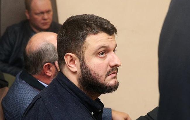 Фото: з сина Авакова зняли електронний браслет (УНІАН)