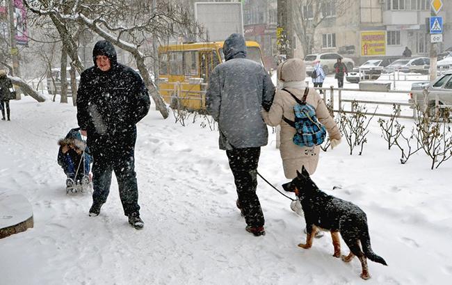 Хуртовини та арктичні морози: синоптики попередили українців про складну зиму