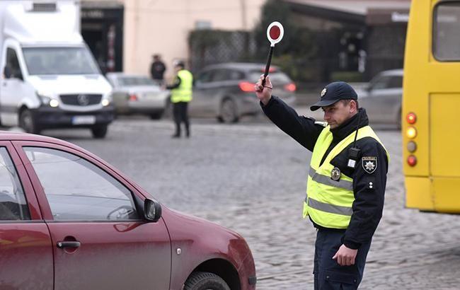 У центрі Києва завтра обмежать рух транспорту