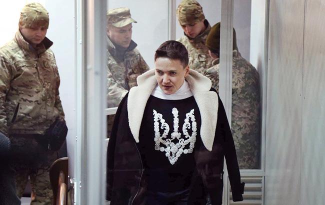 Юрист : Савченко похудела иосунулась, однако  улыбается
