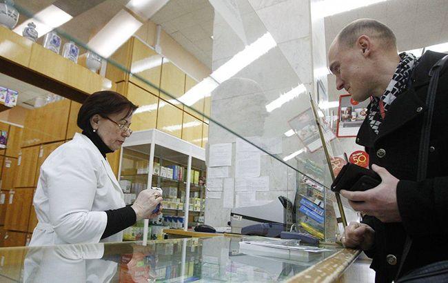 Болеть себе дороже: почему в Украине растут цены на лекарства и как они изменятся в этом году