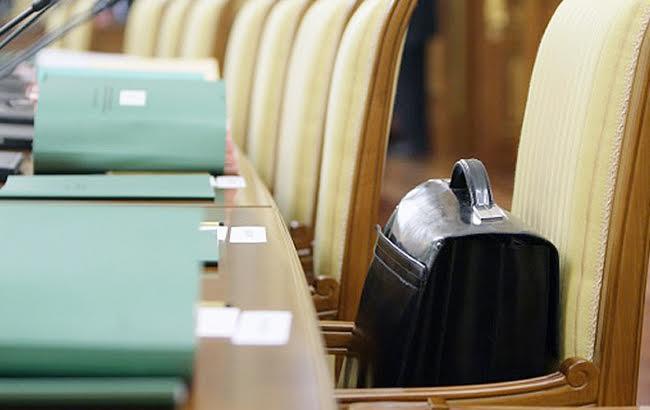 В цьому році в держбюджеті закладено 10,5 млрд гривень на оплату праці понад 200 тисячам держслужбовців