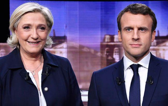 Фото: Марин Ле Пен и Эммануэль Макрон