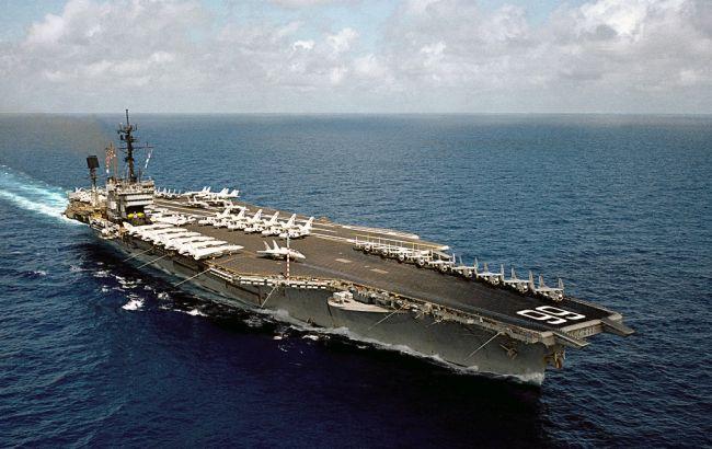 Фото: США планируют направить авианосец к берегам Южной Кореи