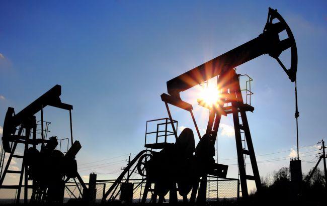 Фото: нефть Brent в последний раз торговалась выше 50 долларов за баррель 5 июля 2016