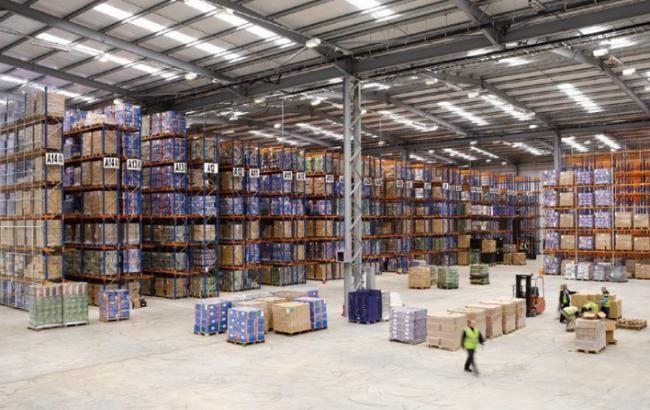 Фото: профіцит зовнішньої торгівлі послугами трохи виріс