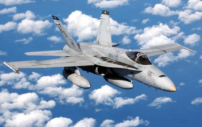 Фото: истребитель F-18 (wikipedia.org)