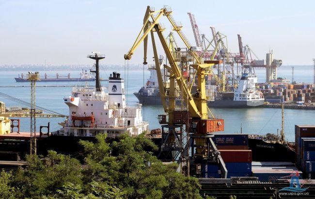Фото: одеський порт (uspa.gov.ua)