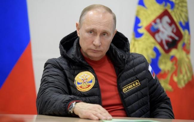 Путін привітався з голубом