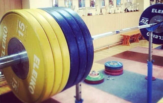 Украину могут отстранить от чемпионата мира по тяжелой атлетике