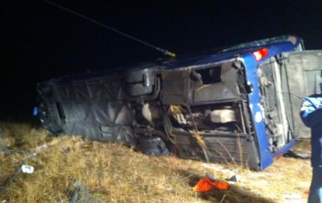 Фото: у Воронезькій області перекинувся рейсовий автобус