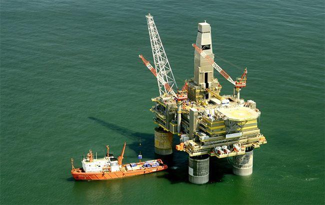 США попередили іноземні компанії про санкції за нафтові операції з Венесуелою