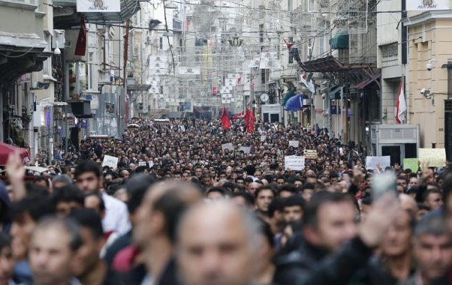 У Стамбулі проходить найбільший мітинг у підтримку демократії