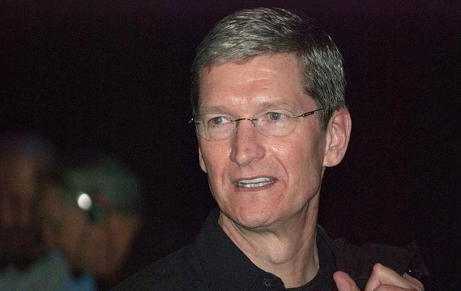 Тим Кук реализовал акции Apple на $43 млн