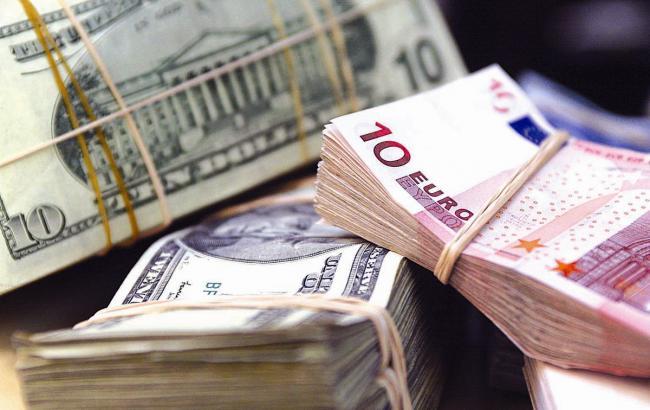 Курс доллара в обменниках в продаже вырос до 22,97 грн/долл