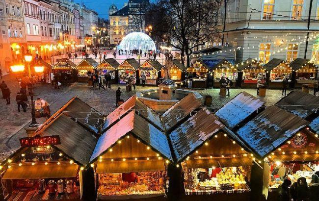 """""""В атмосфері Різдва"""": у скільки туристам обійдеться житло у Львові на Новий рік"""
