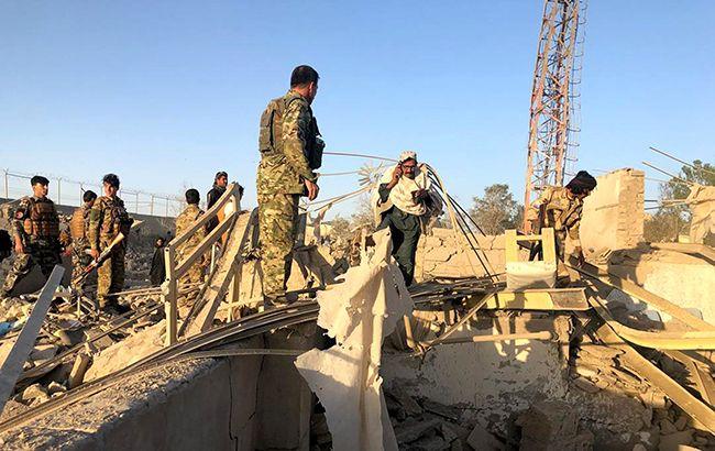 В Афганистане взорвался грузовик с бомбой, погибли 20 человек