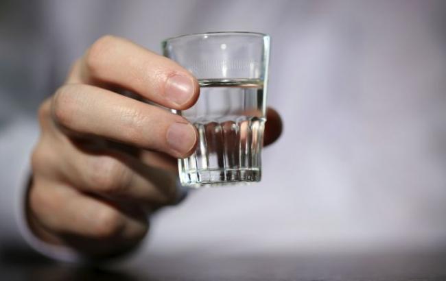 Фото: в Харьковской области зафиксировано отравление алкоголем