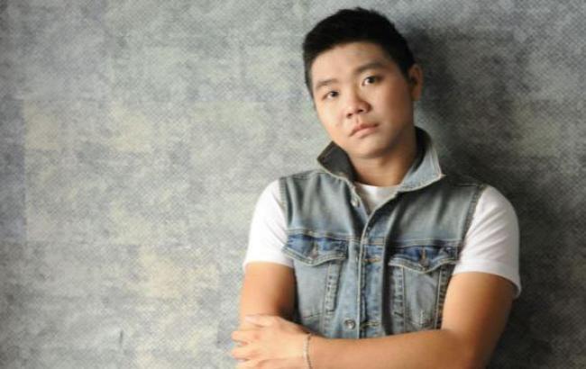 Вьетнамский певец, поразивший любовью к украинскому языку, представил новую песню