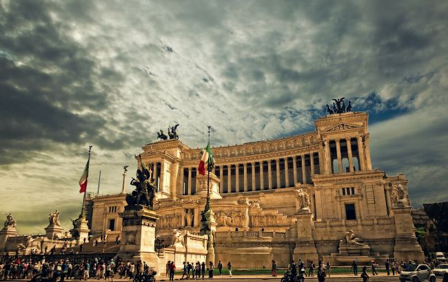Відпустки в Італії не чекати?: чи варто брати квитки на літак під час карантину