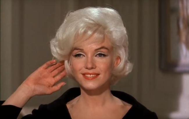 У Всесвітній день блондинки вчені розповіли, коли зникнуть білокурі