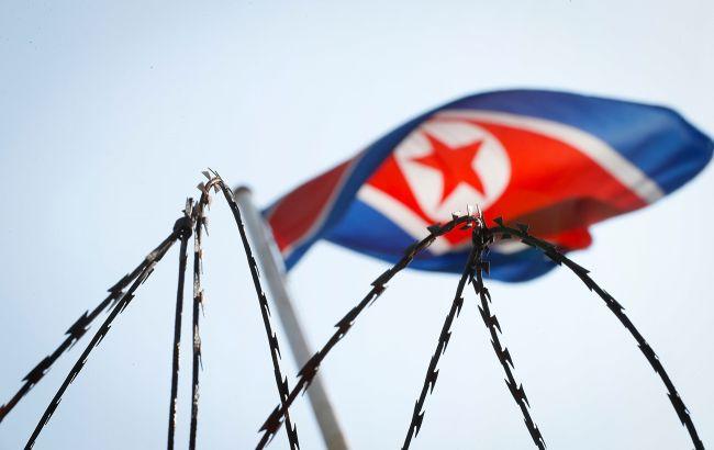 Северная Корея запустила неизвестный снаряд: может оказаться баллистической ракетой