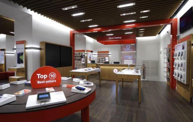 Vodafone відкрив перший магазин в Україні