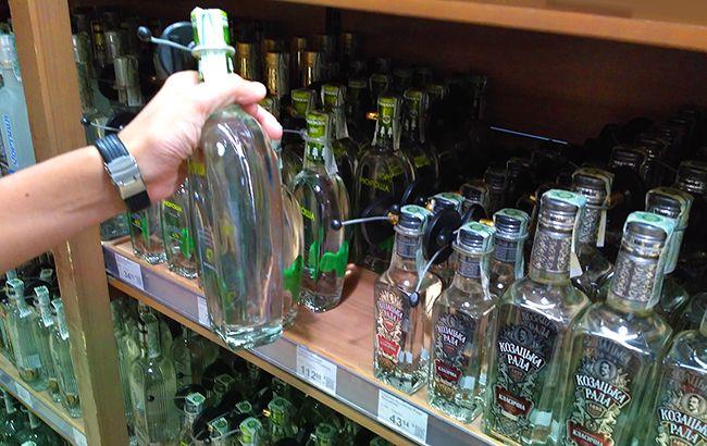 Кабмин планирует повысить минимальные цены на алкоголь (фото РБК-Украина)