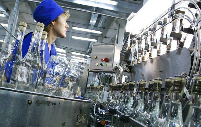 Украина в феврале увеличила производство водки в 2,2 раза