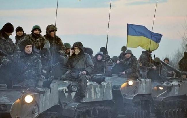 """Боевики сегодня 13 раз нарушили """"режим тишины"""" в зоне АТО, - штаб"""