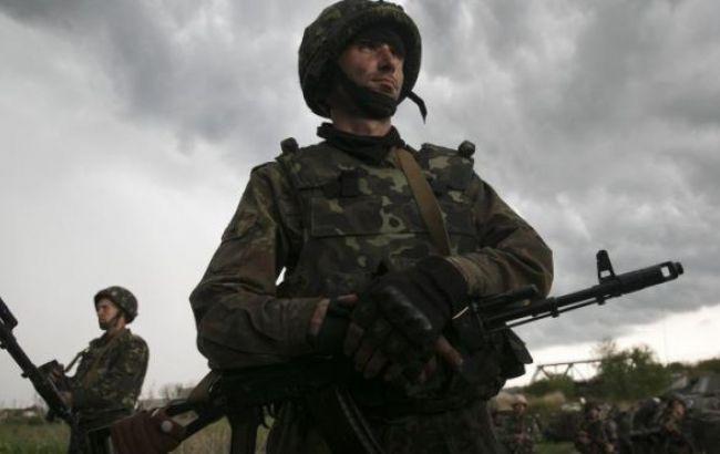 Бойовики продовжують обстріли позицій сил АТО і цивільних об'єктів, - штаб
