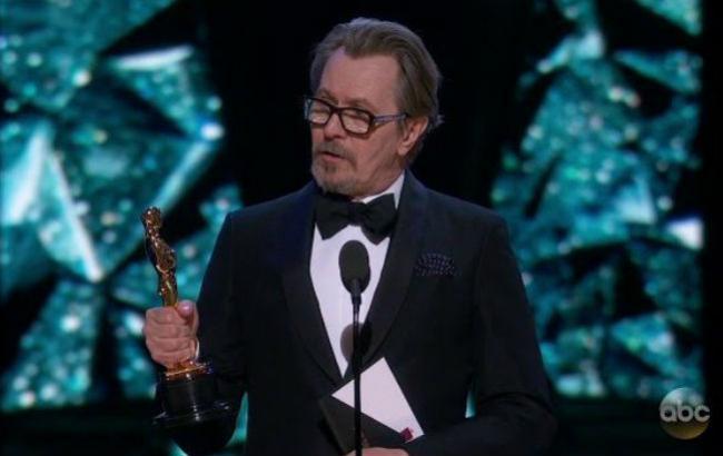 """Бывшая жена Гэри Олдмана считает, что победителями """"Оскар 2018"""" стали """"два насильника"""""""